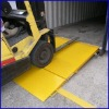 Oppkjøringsrampe i stål for truck til container. kr 5900,-